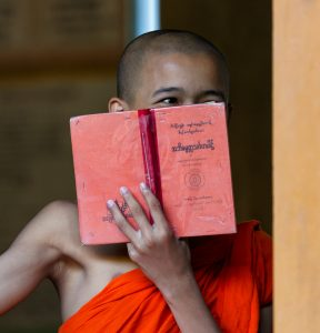 Mönch, Mandalay, Myanmar, Oktober 2015