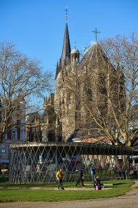 Ein sonniger Tag im Dezember, Aachen 2020 (Sony 90 2.8 Makro G OSS, ISO 100 1/320s F5.6)