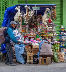 """""""Hexenmarkt"""" in La Paz, Bolivien 2016"""