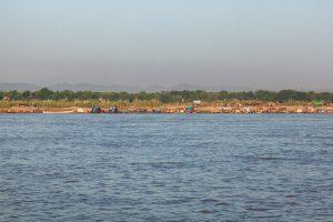 Irrawaddy River, Siedlung von Wanderarbeitern, Myanmar Oktober 2015