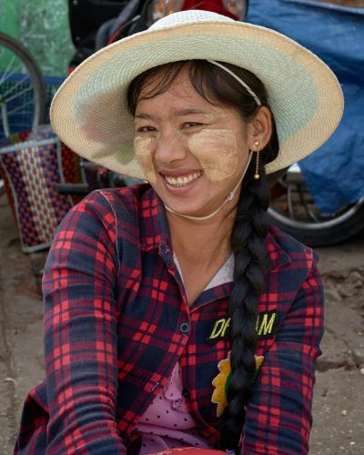2019-März-08-Myanmar-1205-modi711x1067